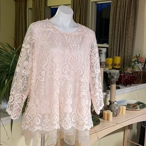 Simply Couture ❤️ Pink Lace Blouse
